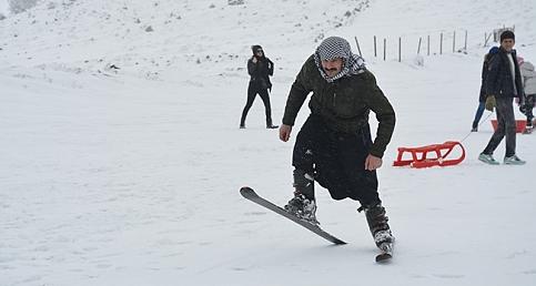 Urfa'da kayak sezonu açıldı