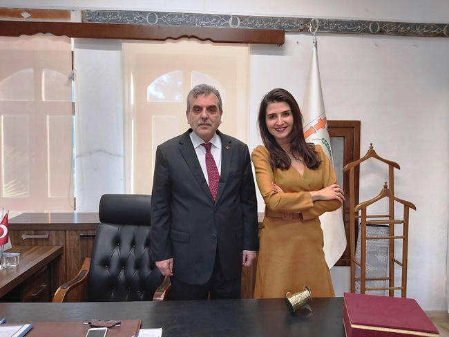 2020/01/1578843563_3_seval_ozcan_belediye_baskani.jpg
