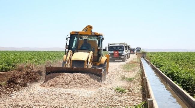 Haliliye'de kırsal mahallelerin yol çalışmaları sürüyor