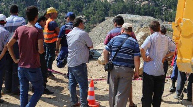 Maden ocağında üzerine kaya parçası düşen işçi hayatını kaybetti