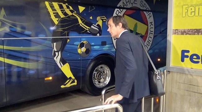 Fenerbahçe Teknik Direktörü Cocu kovuldu.