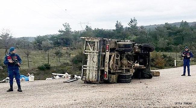 Tarım işçileri kaza yaptı: 30 yaralı
