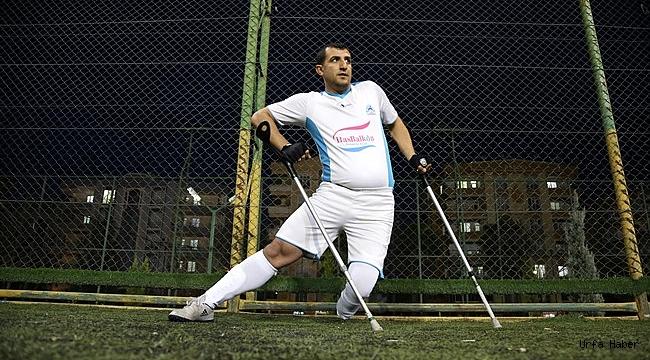 Kazada engelli oldu, futbolla hayata döndü