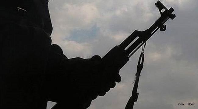 Suriye sınırında iki terörist yakalandı