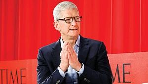 Apple CEO'su: Telefona değil karşındakinin gözüne bak