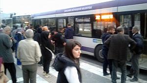"""Şanlıurfa'da halk otobüsünde """"yangın tüpü"""" paniği"""