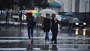 Urfa Ramazan'a Yağışla Giriyor