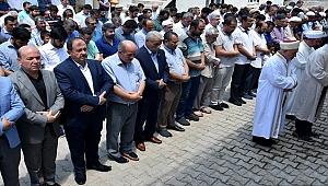 Ceylanpınar'da Muhammed Mursi için gıyabi cenaze namazı kılındı