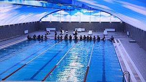 Urfa'da Yüzme Havuzu Sezonu Açıldı