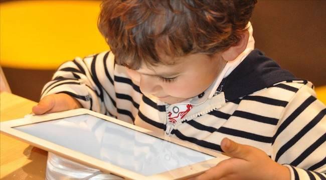 Ailelere yaz tatilinde digital oyun uyarısı