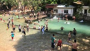 Parklar Sıcaklara Çare Oluyor