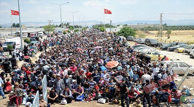 """Suriyelilere """"vatanınıza dönün"""" çağrısı"""