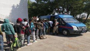 Adıyaman'da göçmen kaçakçılığı operasyonu