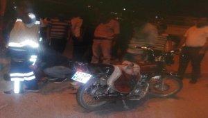 Gaziantep'de pikapla motosiklet çarpıştı: 2 yaralı