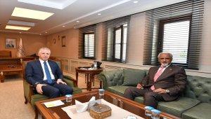 Kuveyt'in Ankara Büyükelçisi el-Zevavi'den Valisi Gül'e ziyaret