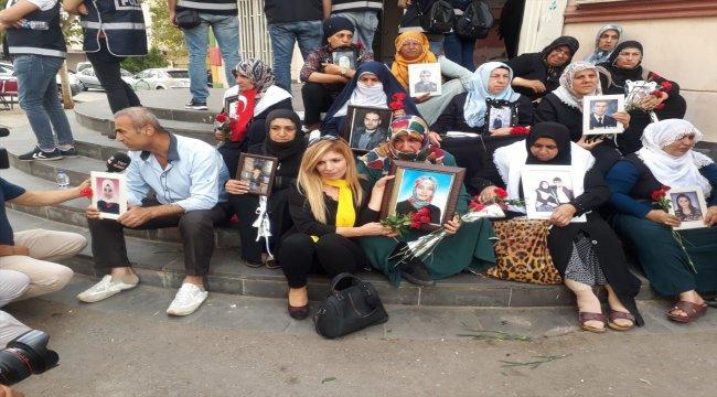 Şanlıurfa'dan Diyarbakırlı annelere destek