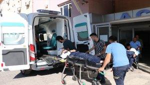 Gaziantep'te askeri araç devrildi: 2 yaralı