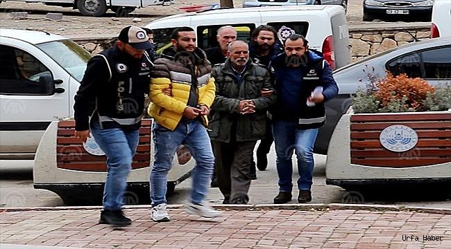 12 kaçak silah ele geçirildi