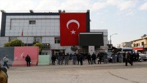Suruç Belediye Başkanı Hatice Çevik gözaltına alındı