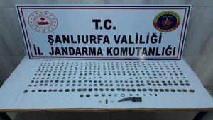 Şanlıurfa'da tarihi eser ve gümrük kaçakçılarına operasyon