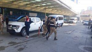 Siirt merkezli uyuşturucu operasyonunda gözaltına alınan 52 zanlıdan 15'i tutuklandı