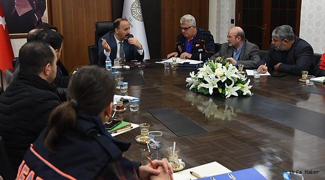 Vali Erin'den Suriye'ye Yardım Toplantısı
