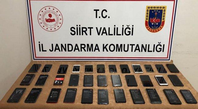 34 adet kaçak cep telefonu ele geçirildi