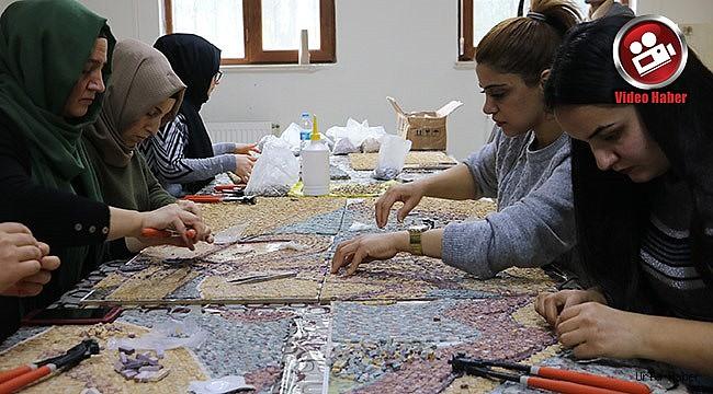 Amazon mozaikleri, kadınların eliyle yayılıyor