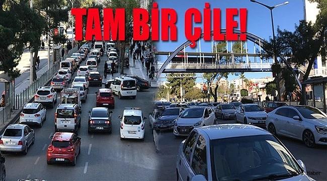 Urfa'da bitmeyen şehir içi trafik çilesi