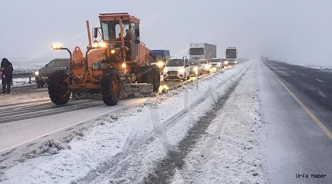 Urfa'da kar hayatı olumsuz etkiliyor