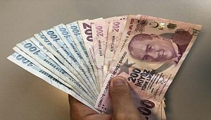 Asgari Ücret 2 Bin 700 Lira Oldu !