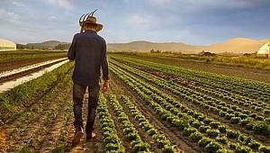 Siyaset İl Başkanı Çiftçilere Sordu: Çiftçi Kardeşlerim Sizin Hiç mi Derdiniz Yok?