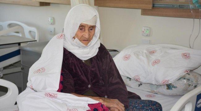 120 yaşındaki kadın koronavirüsü yendi