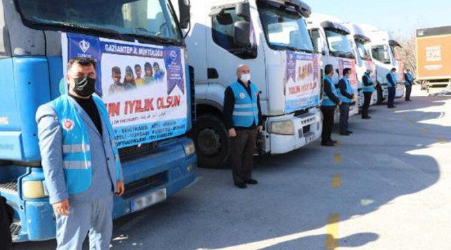 Gaziantep'ten, Suriye'ye 4 TIR yardım gönderildi
