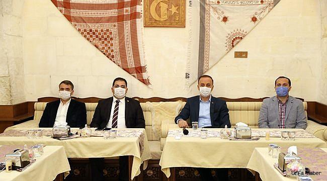 Başkan Canpolat, Tıp Bayramında Sağlıkçılarla Buluştu