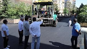 Başkan Canpolat, Ulubatlı'daki Asfalt Çalışmalarını İnceledi