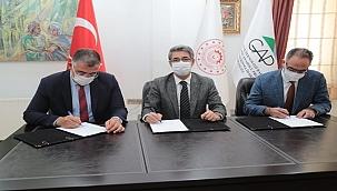 Eyyübiye'de İstihdam Seferberliği. İmzalar Atıldı, Sera Projesi Hayata Geçiyor.