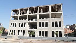 Başkan Kuş Gençlik Merkezi inşaatını inceledi