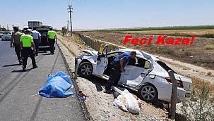 TIR'ın çarptığı otomobildeki baba ve kızı öldü